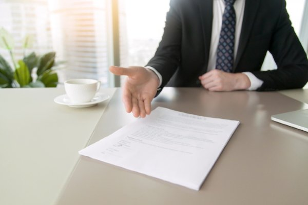 Договор на оказание юруслуг