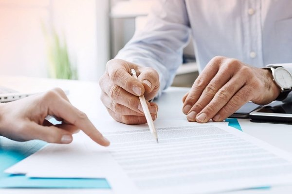 Оформление договора на оказание юридических услуг