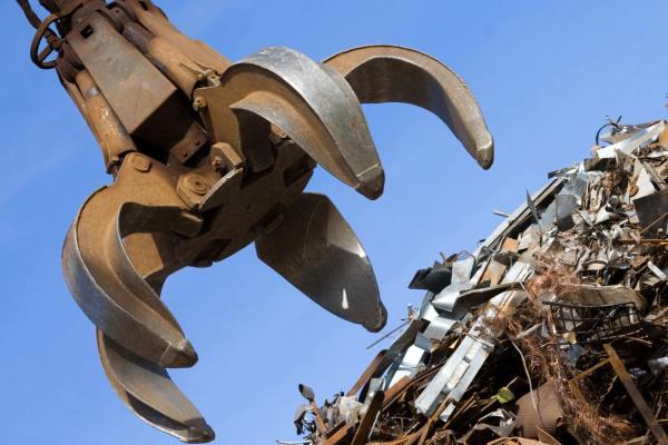 Оборудование в пункте металлоприема