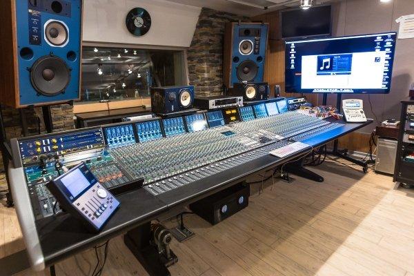 Бизнес на звукозаписывающей студии: прибыльно или нет?