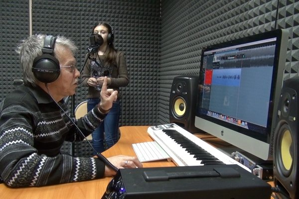 Звукорежиссер за работой